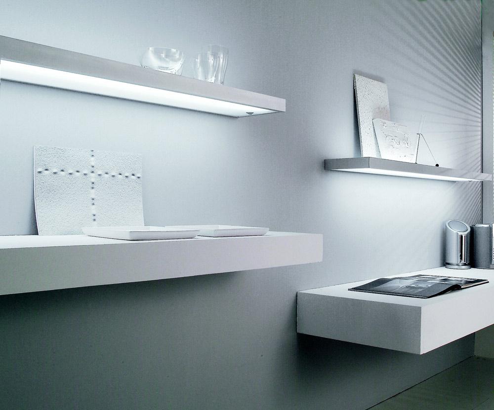Люминесцентный светильник - полка Sushi,  8 Вт,   встроенный выкл-ль, кабель 2000мм алю, 450х200х33мм
