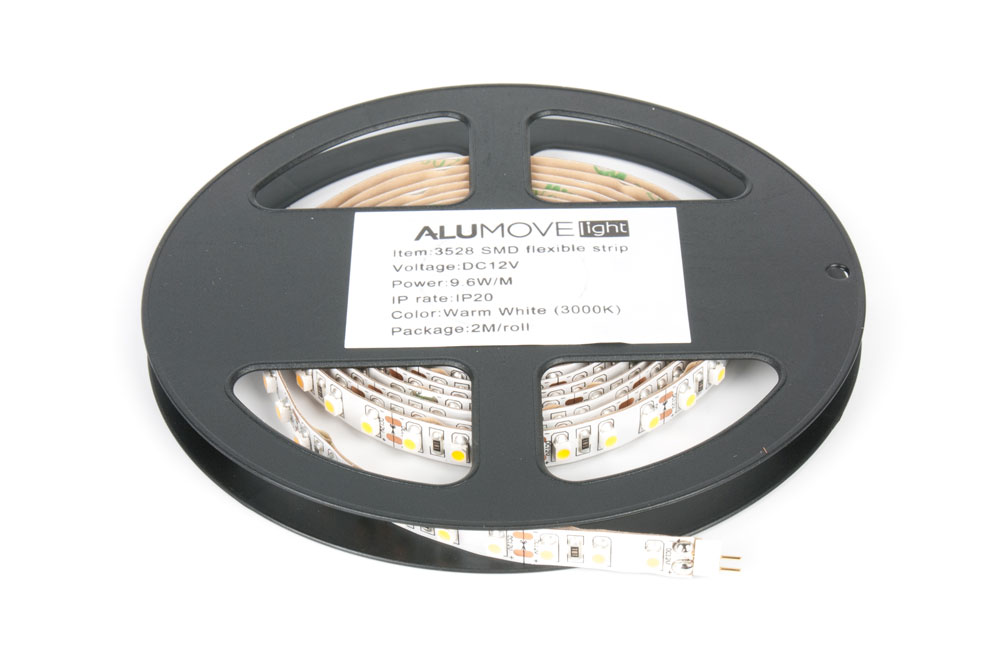 LED лента IP20 открытая, 8мм, 120 LED/м,  19Вт, 12В, 2м в кат., на конц.ленты разъемы папа/мама теплый