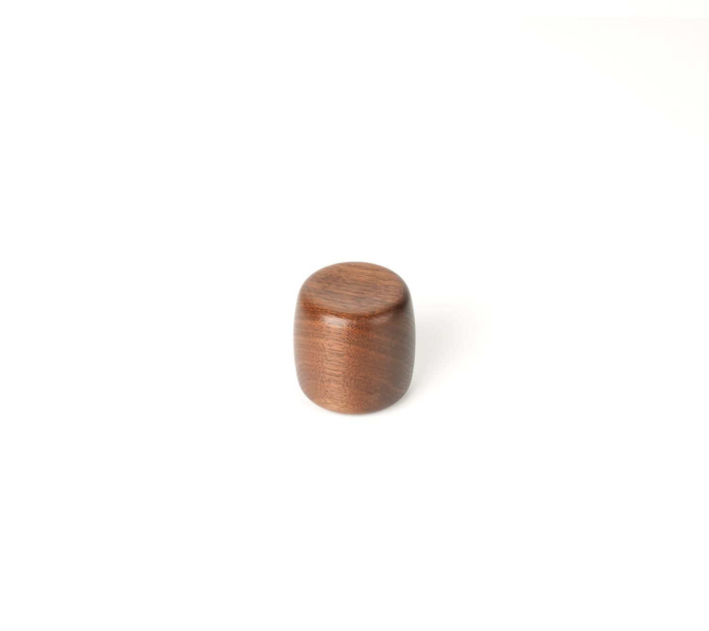 Ручка мебельная Apple 45, орех 45x45