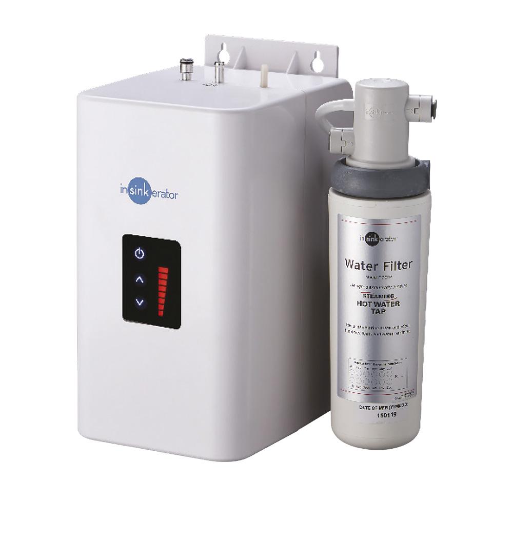 Система мгновенного кипячения воды AQUA HOTсо смесителем 45356AW черный