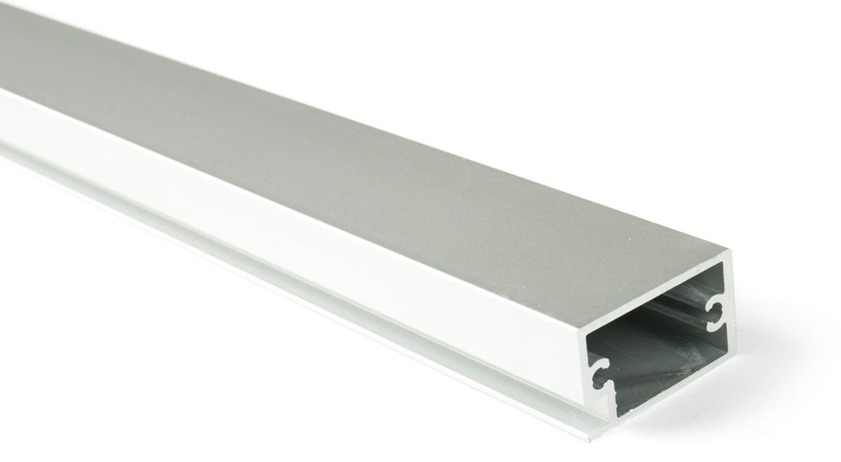 Рамочный профиль D840, 2740мм глянцевый алюминий