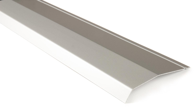 Декоративная панель с самокл. лентой, 1100 мм