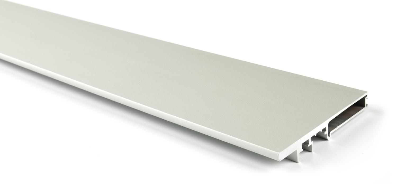 Вертикальный профиль компенсирующий для Glow (3м) серебро