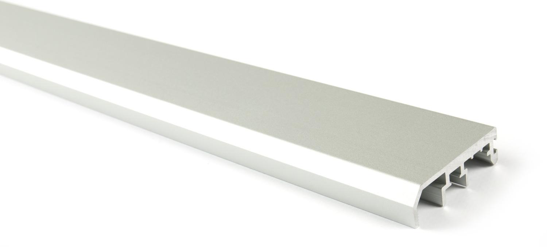 Вертикальный профиль-ручка для Slider (6м) серебро